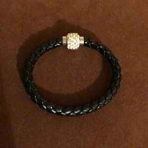 Jewelry - Leather Bracelet with Crystal Embellished Closure